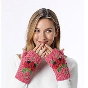 🎋🎈NWT KNITTED HAND WARMERS